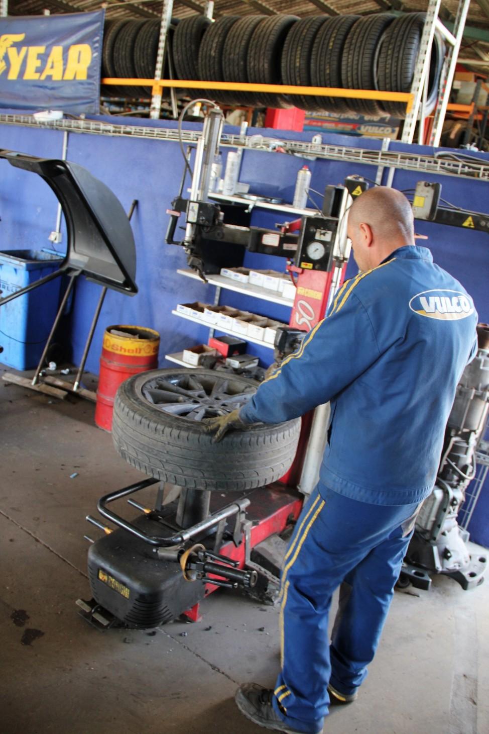 Centre pneus ajaccio garage sanchez un expert en for Garage auto ajaccio
